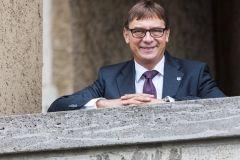 ks. dr Volker Jung