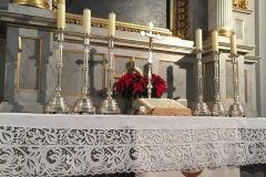 ołtarz w kościele luterańskim w Krakowie