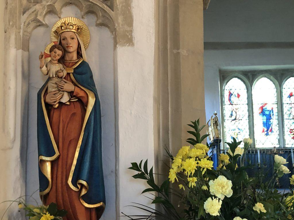 Figura Matki Bożej w kościele anglikańskim w Letchworth (UK)